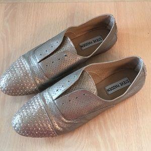 Tudor-S Dusty Silver Leather Upper Flat Sneaker